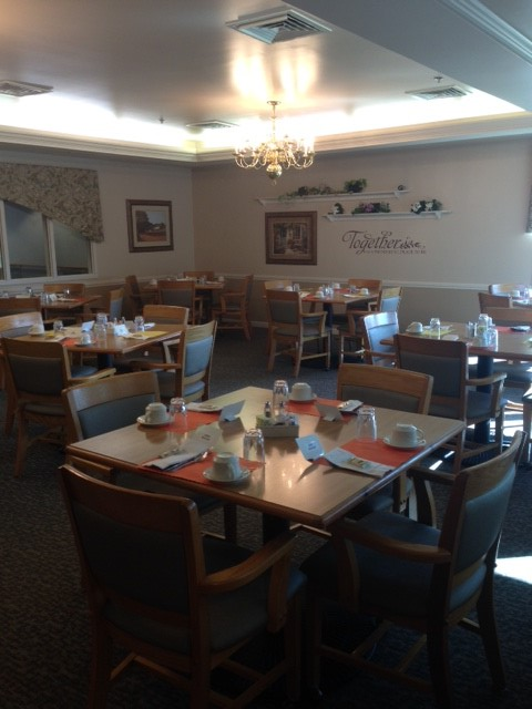 Independent Living Dining Room - Prairie Village Retirement Center